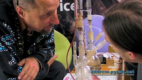 Vaporizing Serious 6 in the Verdamper Vaporizer - Cannabis Liberation Day Amsterdam 2013